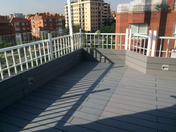 Tarima de exterior sintética para terrazas madrid