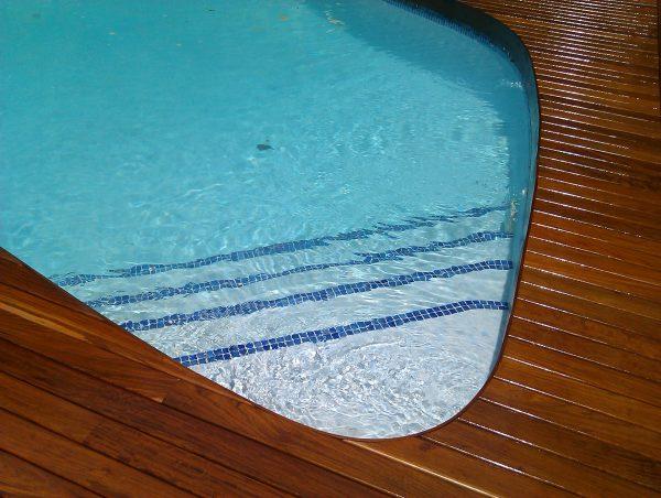 madera-de-exterior-ipe-para-piscina-y-jardin